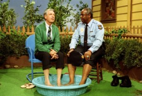 Won't You Be My Neighbor? - Barney's Incorrect Five Second Reviews